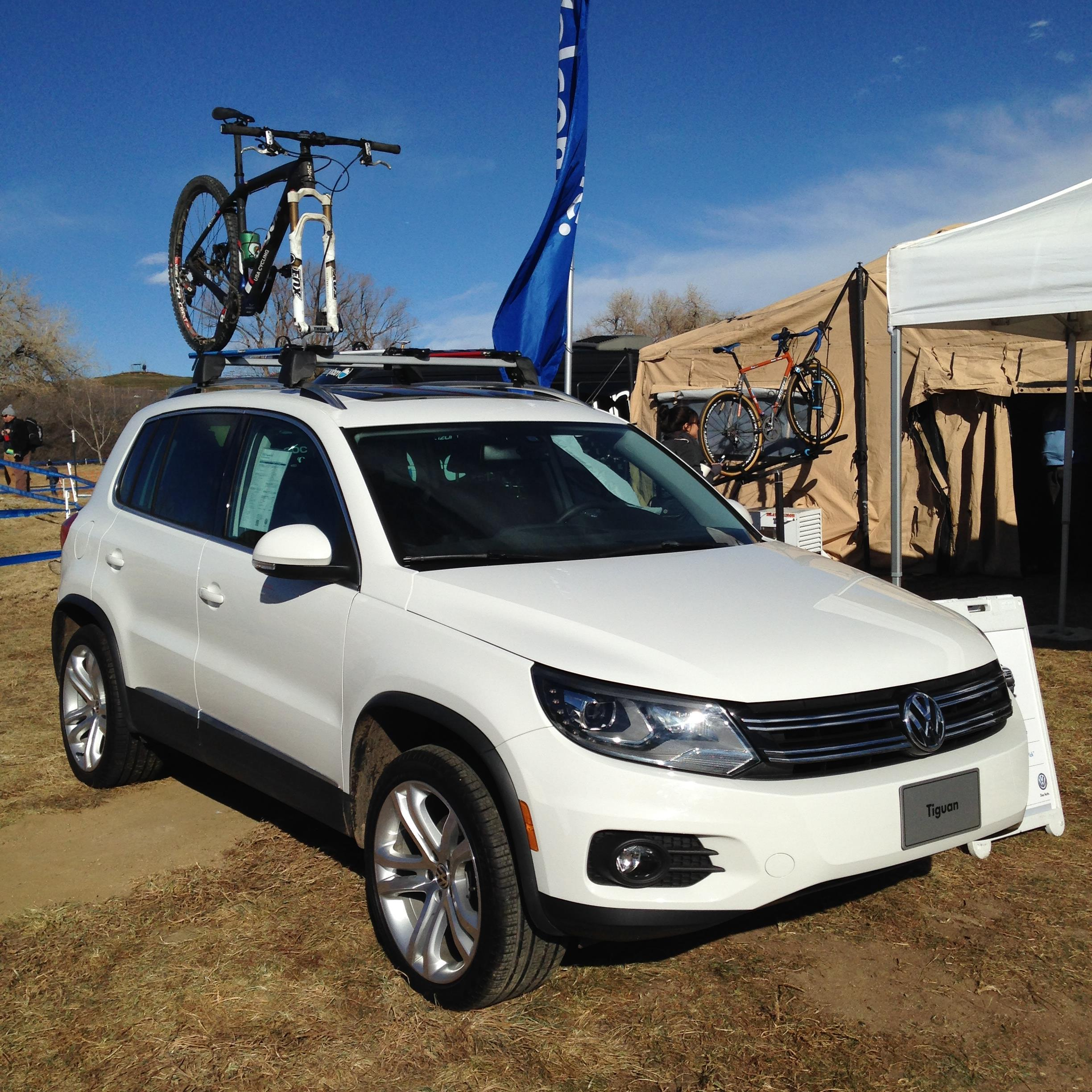 2012 Volkswagen Tiguan Base Carrier Bars For Vehicles